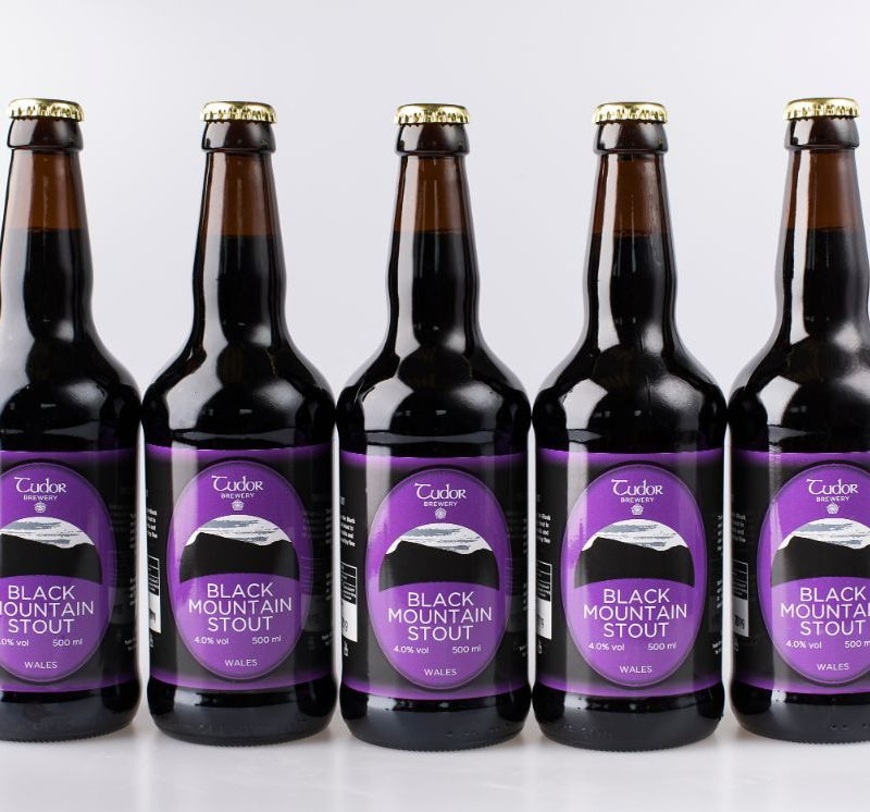 Tudor Brewery Black Mountain Stout Set